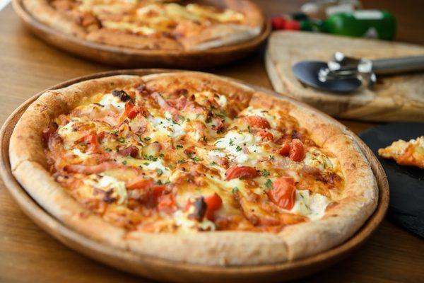 ピザのサイズ別のカロリーは?サイズ別の目安とカロリー抑制のコツを知ろう!サムネイル