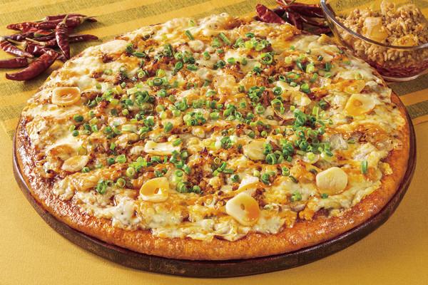 マーガレットポークのピリ辛ラー油ピザ ネット用